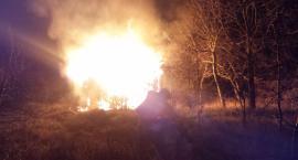 Spłonął budynek przy Zwoleńskiej. Zdjęcia straży